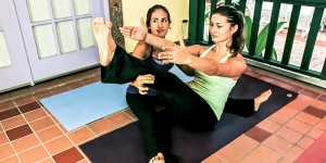 yoga-students-teaching-yoga